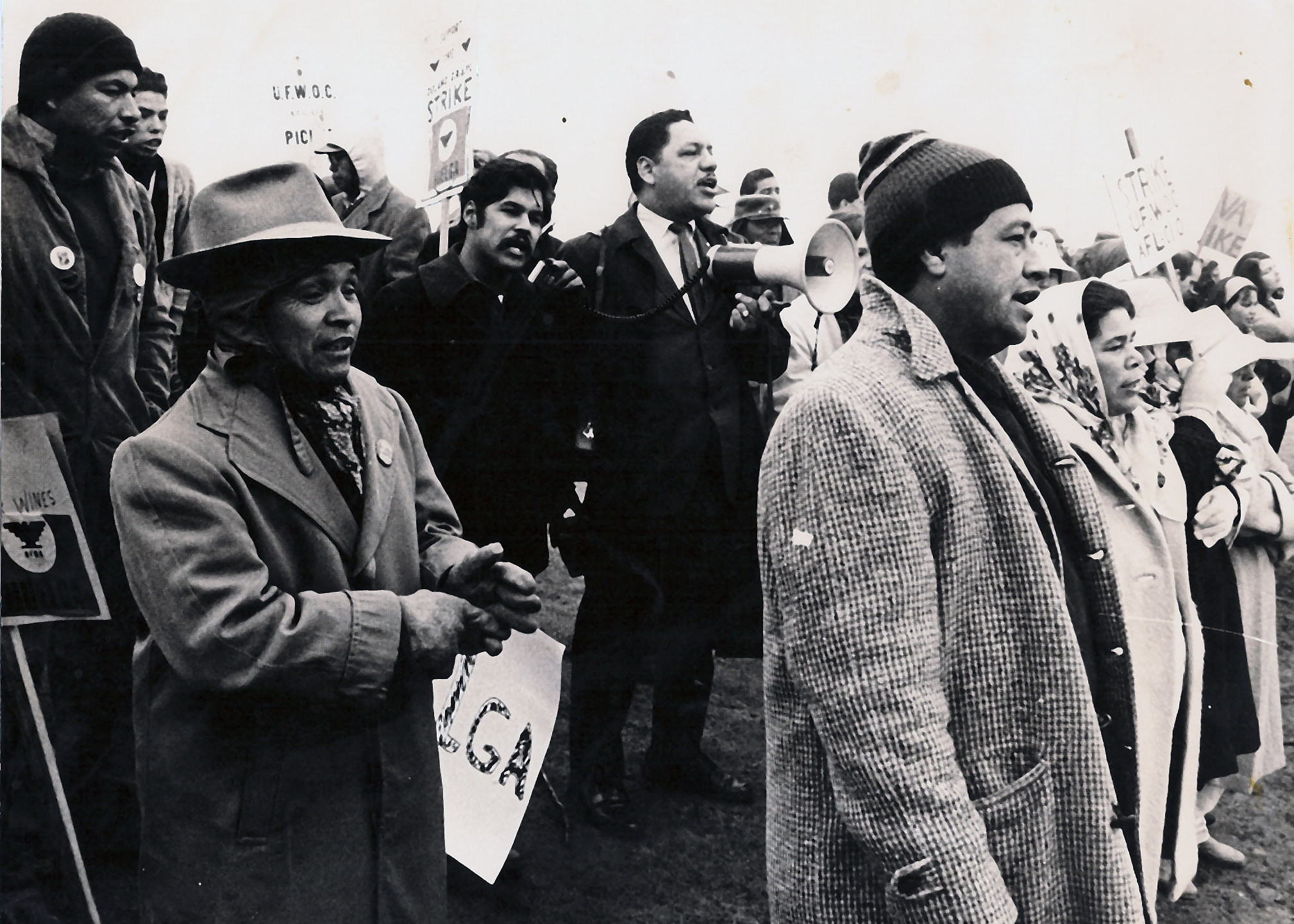 Luis & Cesar - Picket Line 1965